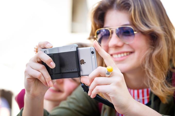 iPhoneを一眼レフカメラにする「PICTAR」