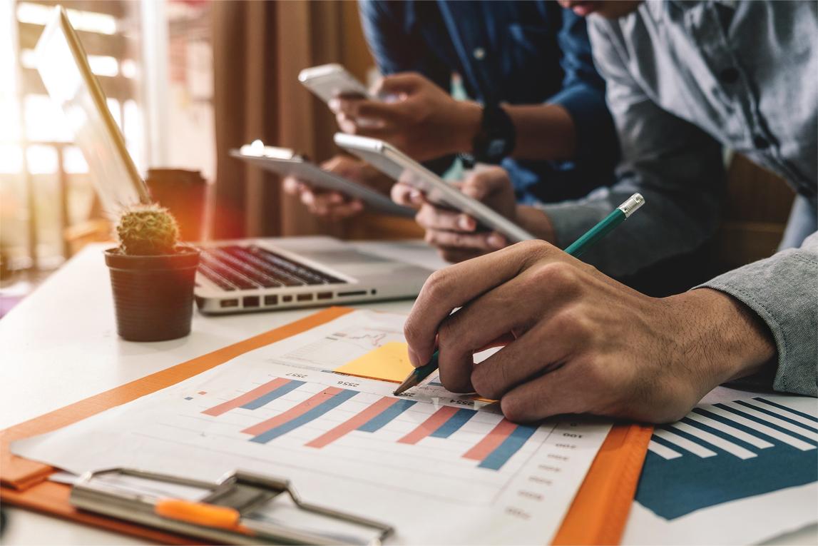 営業支援アプリを開発する企業が増えている理由
